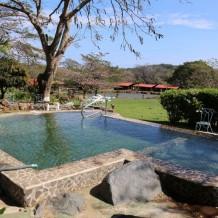 Užívejte si pohodu v bazénu i mimo sezónu. S tepelným čerpadlem třeba i půl roku!